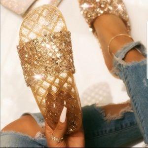 💥SALE💥💎💎 fabulous gold bling slides!